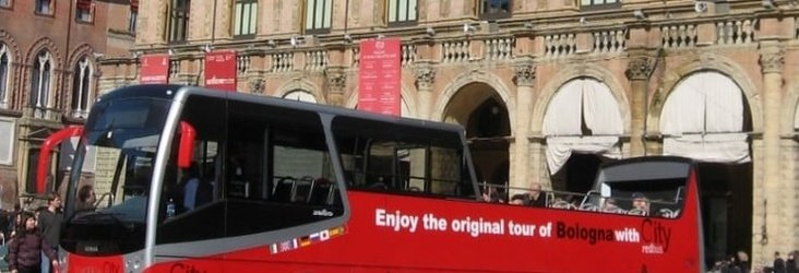 City Tour en Red Bus   Art Hotel Novecento Bolonia, Italia